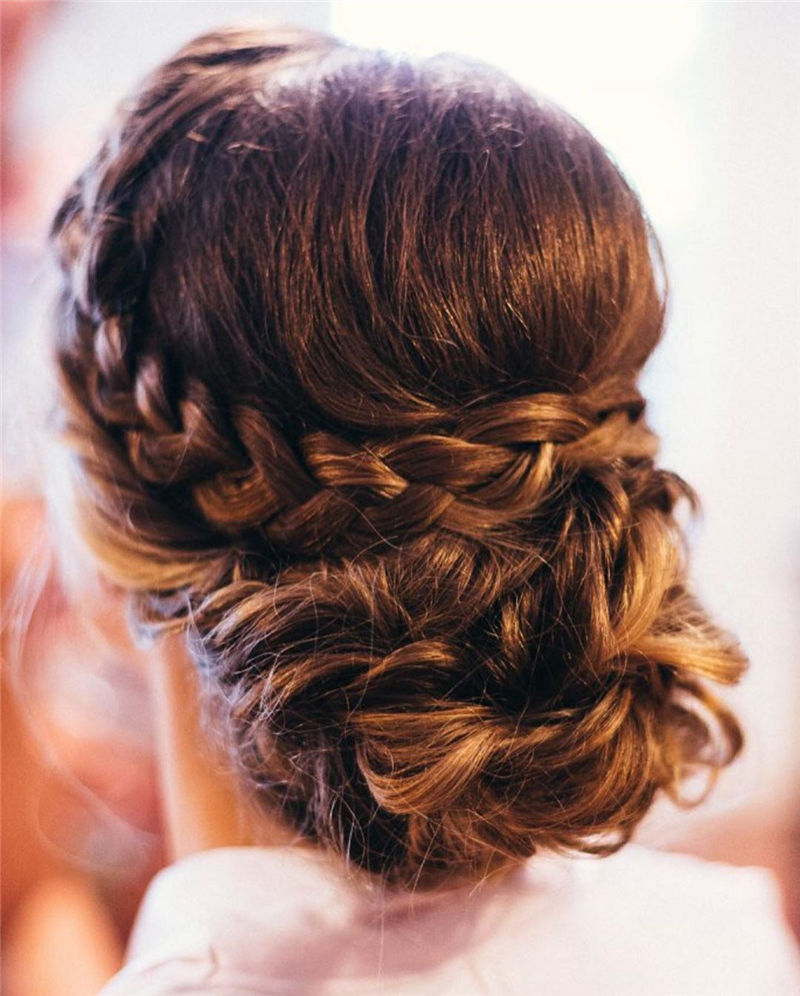 Popular Updo Braided Hairstyles to Look Stylish-45