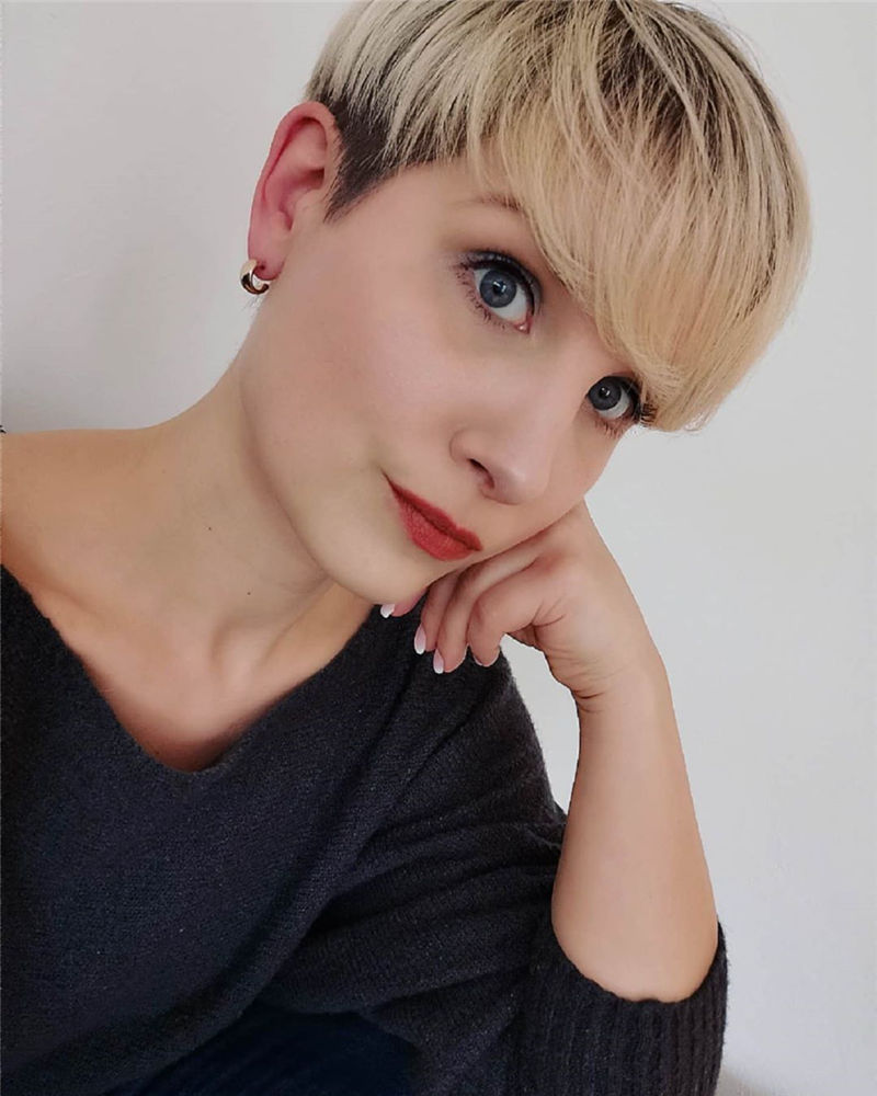 Really Popular Short Hairstyles for An Amazing Look 2020-21