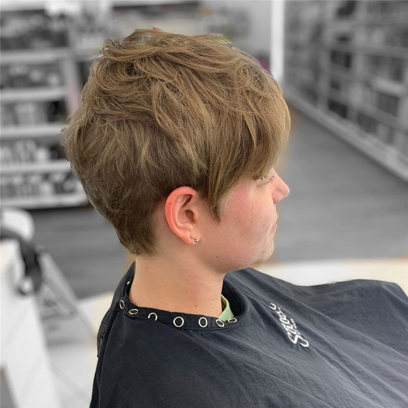 Really Popular Short Hairstyles for An Amazing Look 2020-34