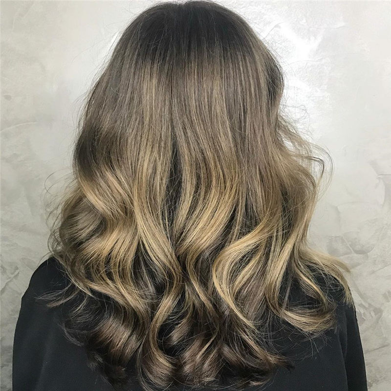 Sort and Pretty Medium Hairstyles That Will Trend in 2020 17
