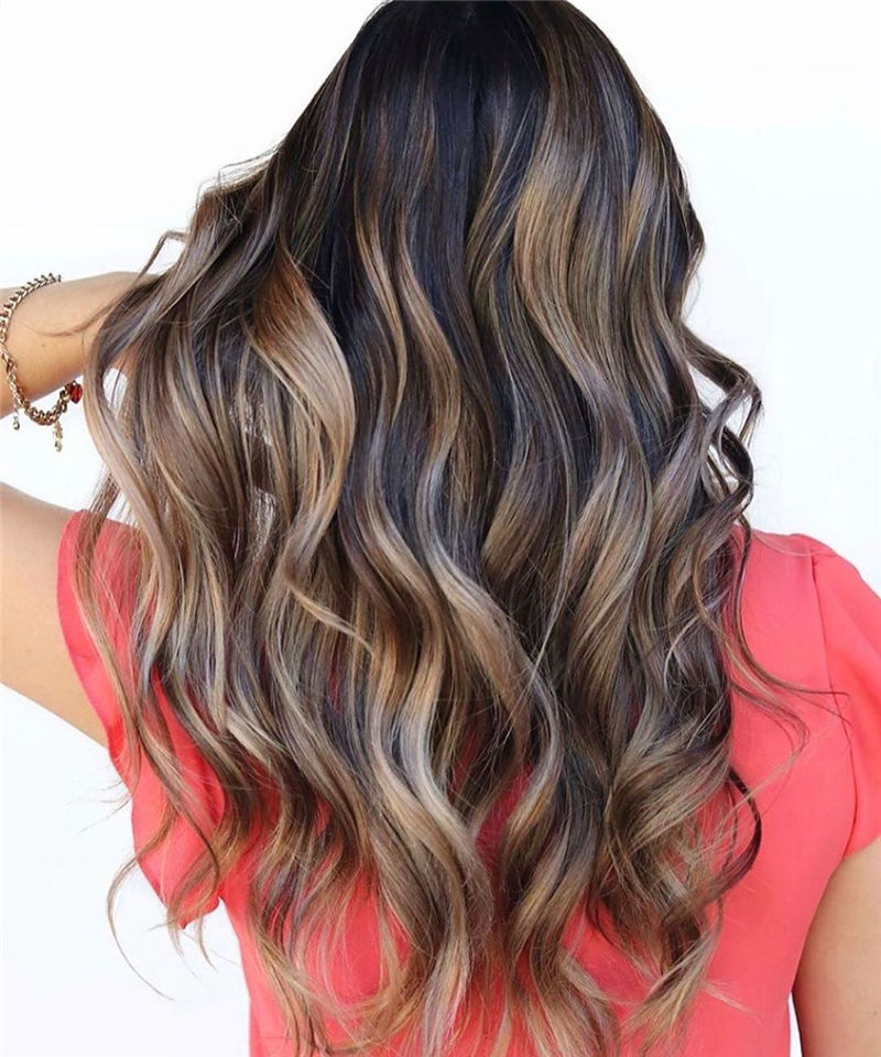 Stunning Medium Hairstyles to Try for This Year-01