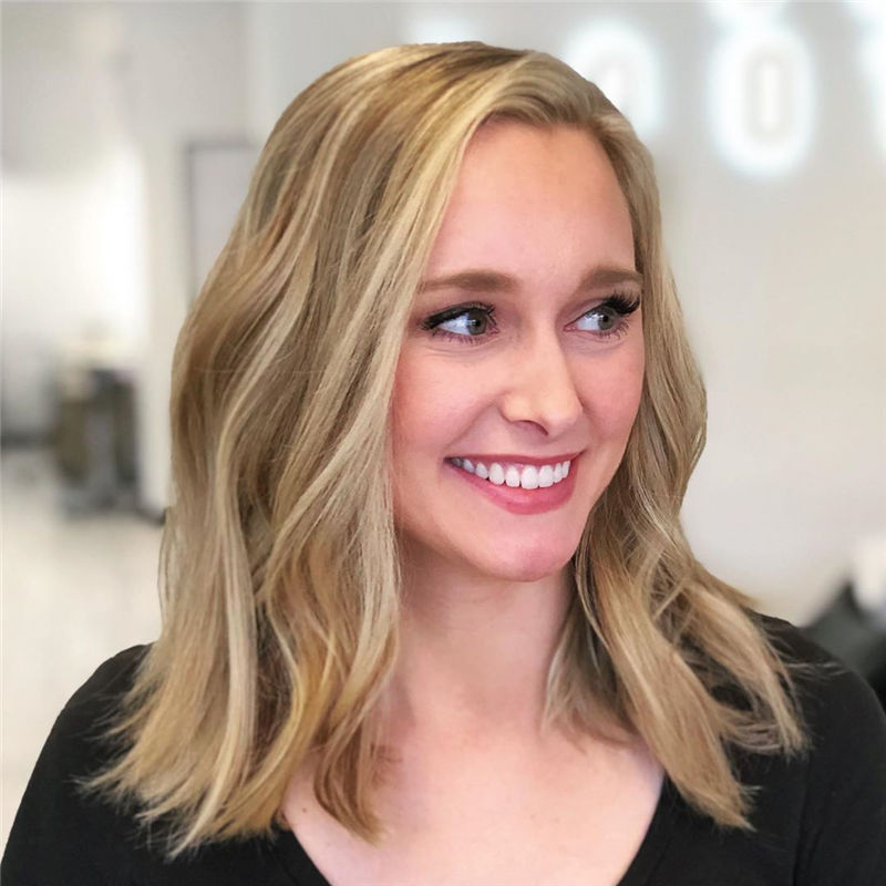 Stunning Medium Hairstyles to Try for This Year-33