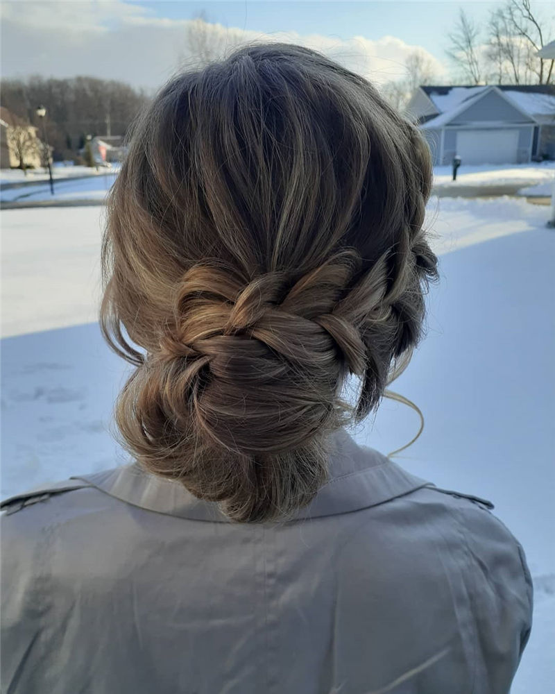 Stunning Updos To Wear To Your Next Party-01