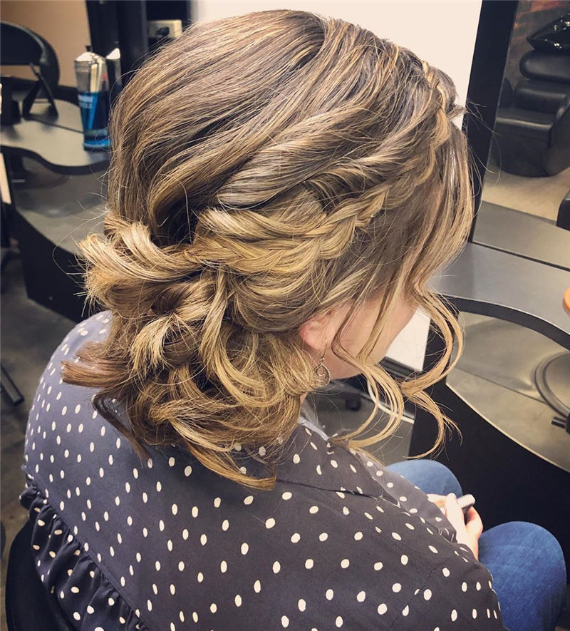 Stunning Updos To Wear To Your Next Party-12