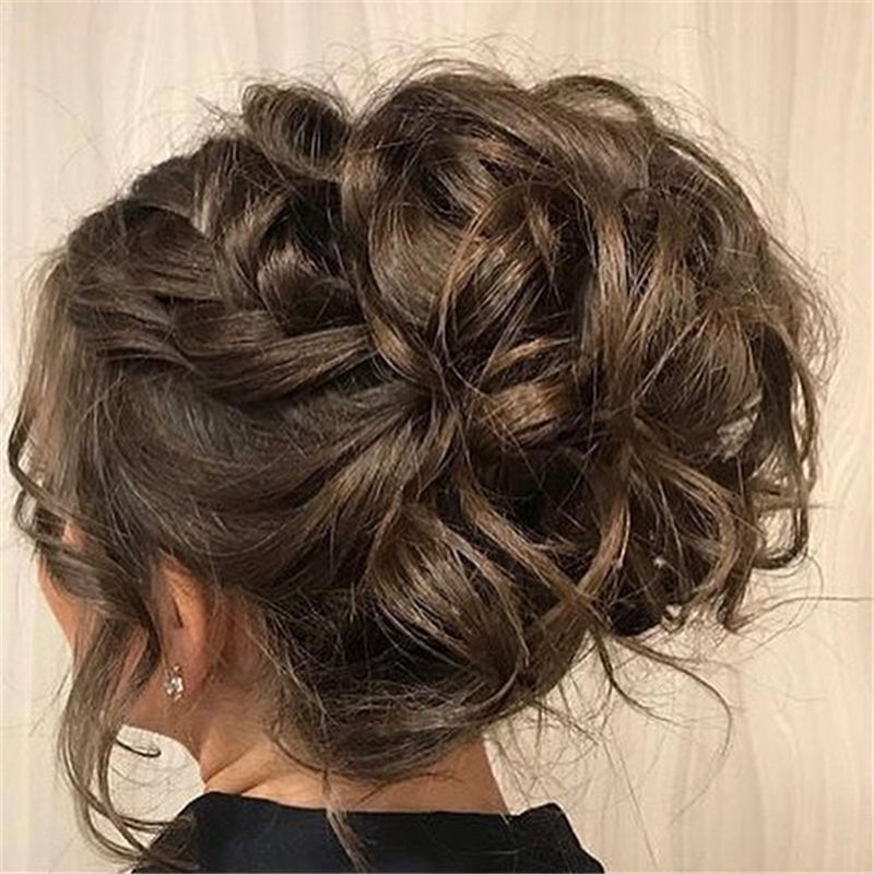 Stunning Updos To Wear To Your Next Party-27