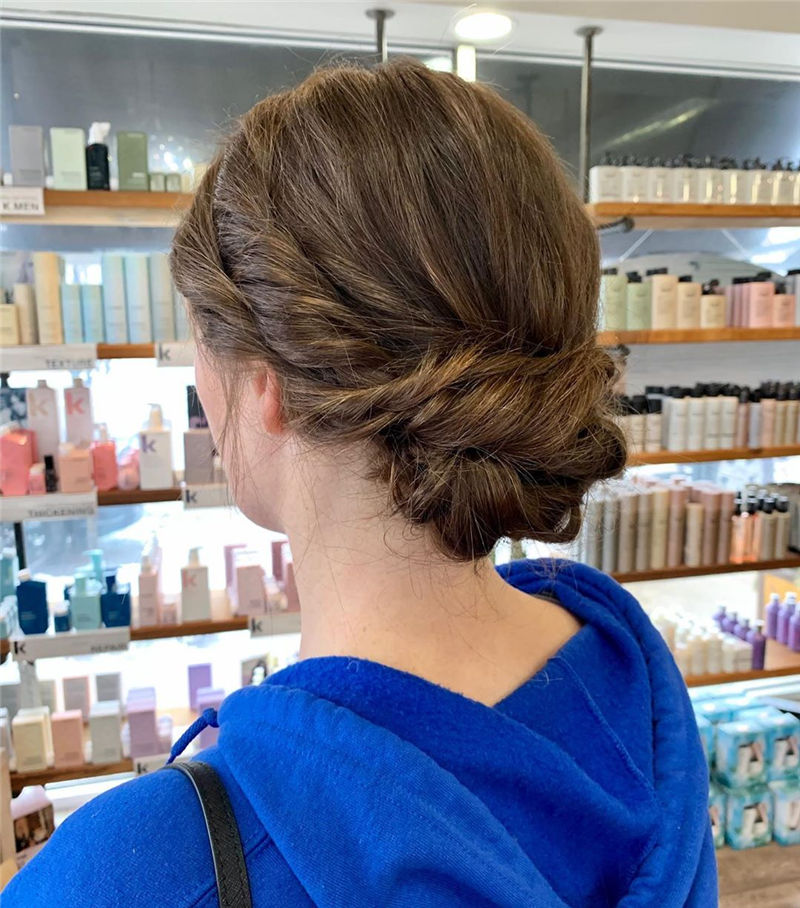 Stunning Updos To Wear To Your Next Party-40