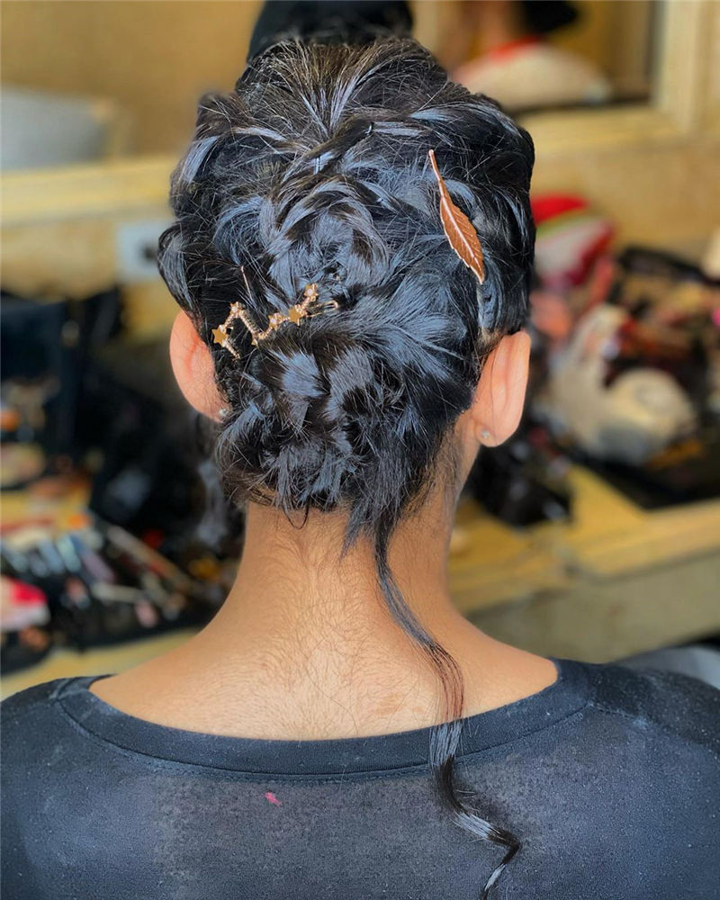 Stunning Updos To Wear To Your Next Party-41