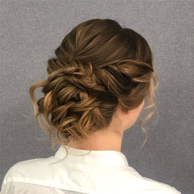The Ultimate Wedding Hairstyles That Are Easy to Master-35