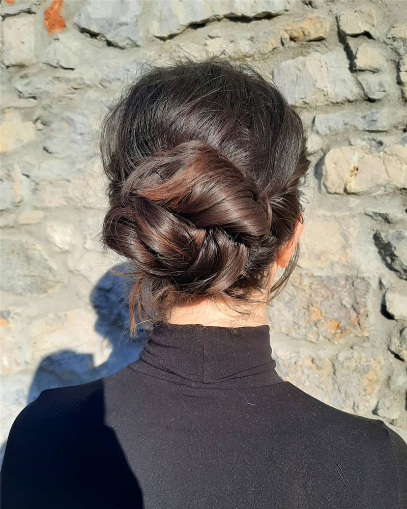 The Ultimate Wedding Hairstyles That Are Easy to Master-39