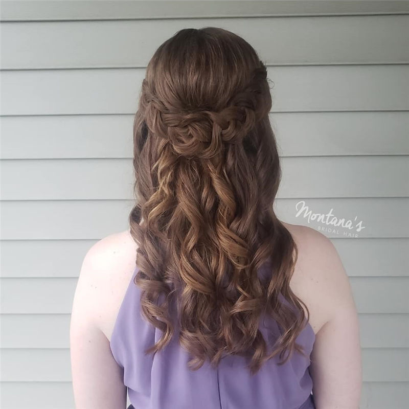 Trending Wedding Hairstyles for Women Anyone Can Do 26