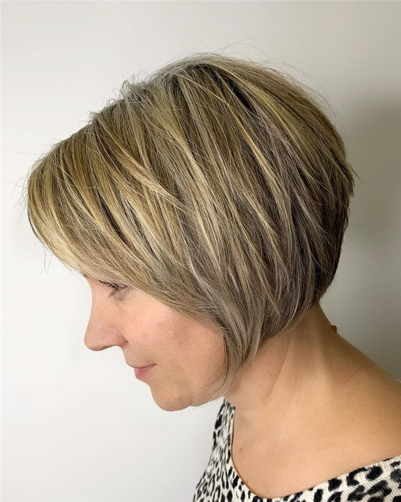 Trendy Bob Haircuts for Women Who Have A Good Taste-07