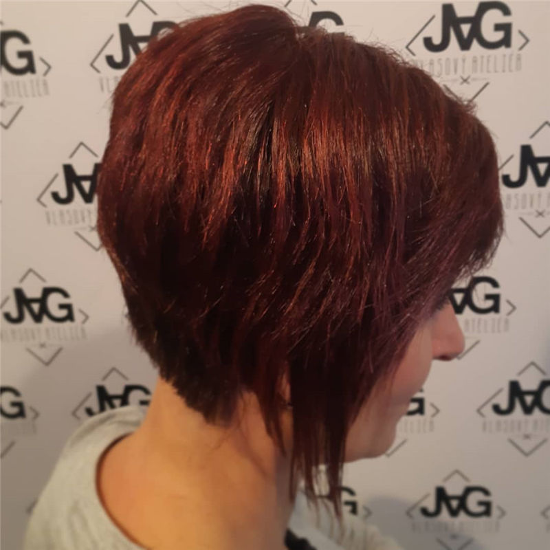 Trendy Bob Haircuts for Women Who Have A Good Taste-08