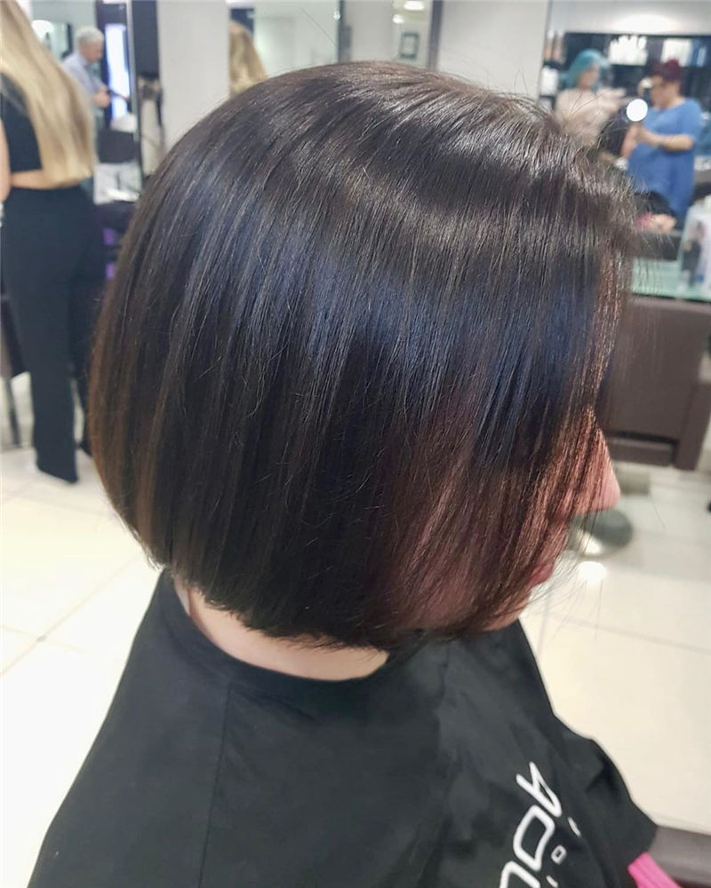 Trendy Bob Haircuts for Women Who Have A Good Taste-13