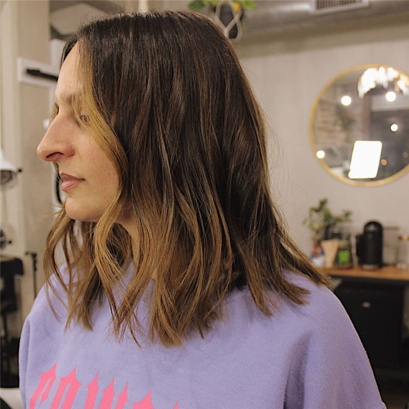 Chic and Sexy Medium Length Hair You Should Try 07