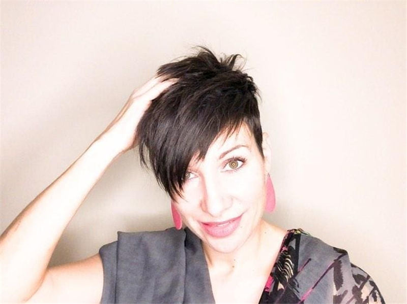 Chic and Sexy Pixie Haircuts That Youll Want To Get 18