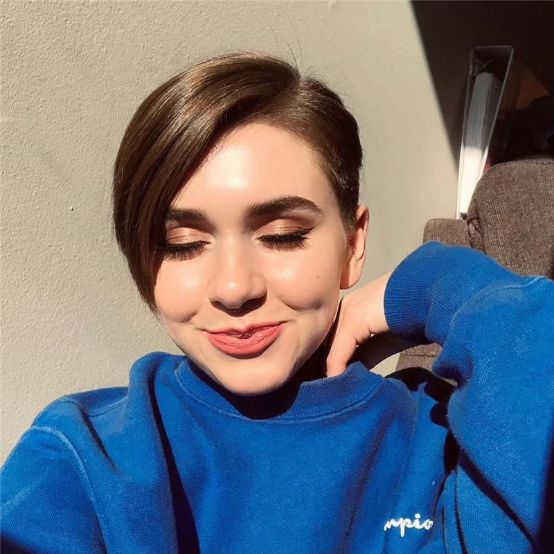 Chic and Sexy Pixie Haircuts That Youll Want To Get 19