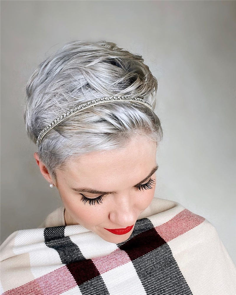 Chic and Sexy Pixie Haircuts That Youll Want To Get 24