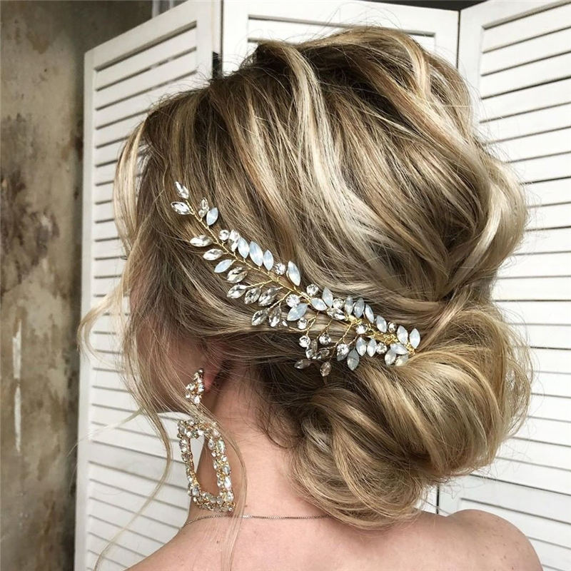 Gorgeous Textured Updo Hairstyles to Refresh Your Style 33