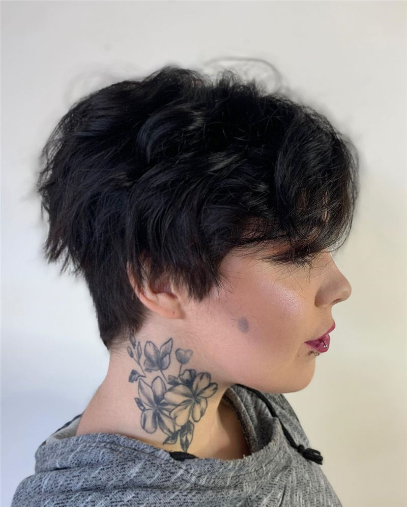 Modern Short Pixie Haircuts That Are Just Brilliant 40