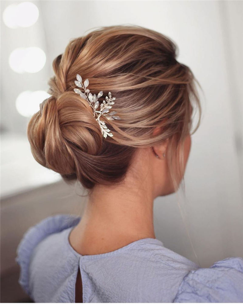Popular Wedding Updo Hairstyles To Inspire You 2020 01 1