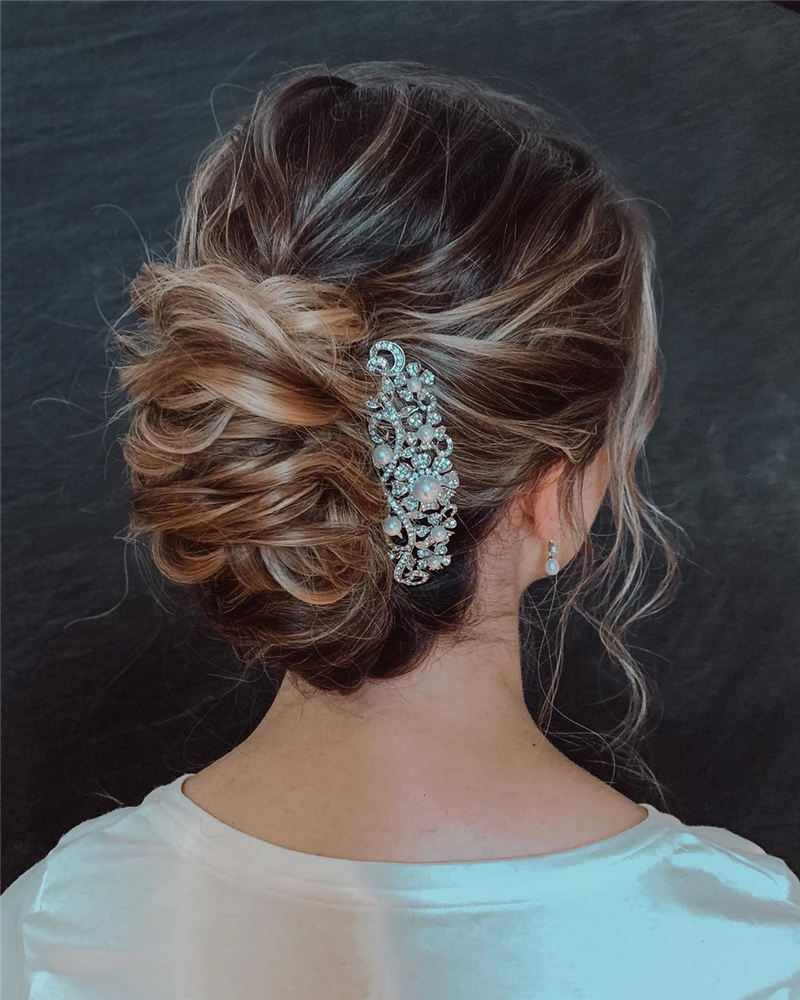Popular Wedding Updo Hairstyles To Inspire You 2020 44