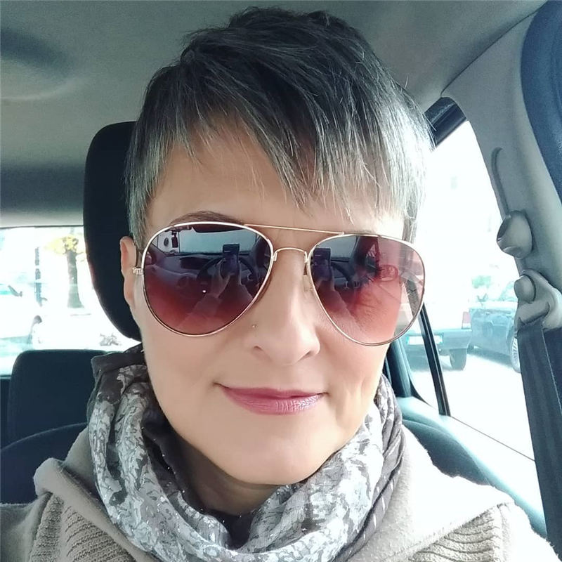 Trendy Short Grey Haircuts That You Need to Try 40