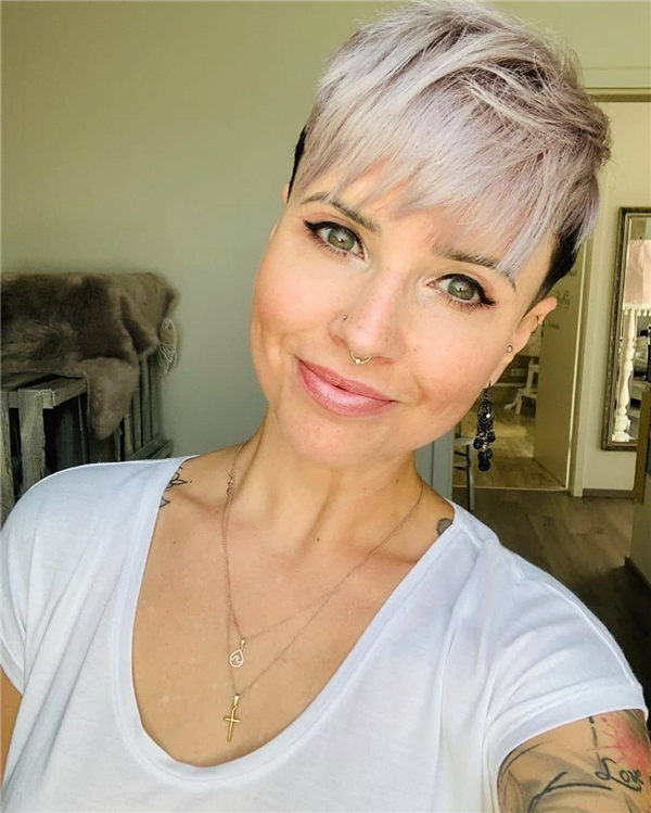 Most Eye Catching Short Pixie Haircuts to Upgrade Your Style 07