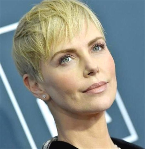 Most Eye Catching Short Pixie Haircuts to Upgrade Your Style 20