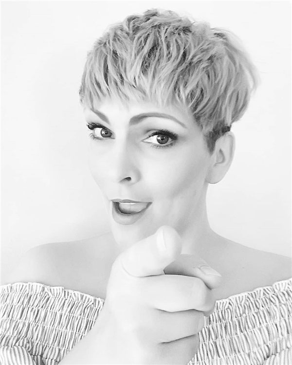 Most Eye Catching Short Pixie Haircuts to Upgrade Your Style 34