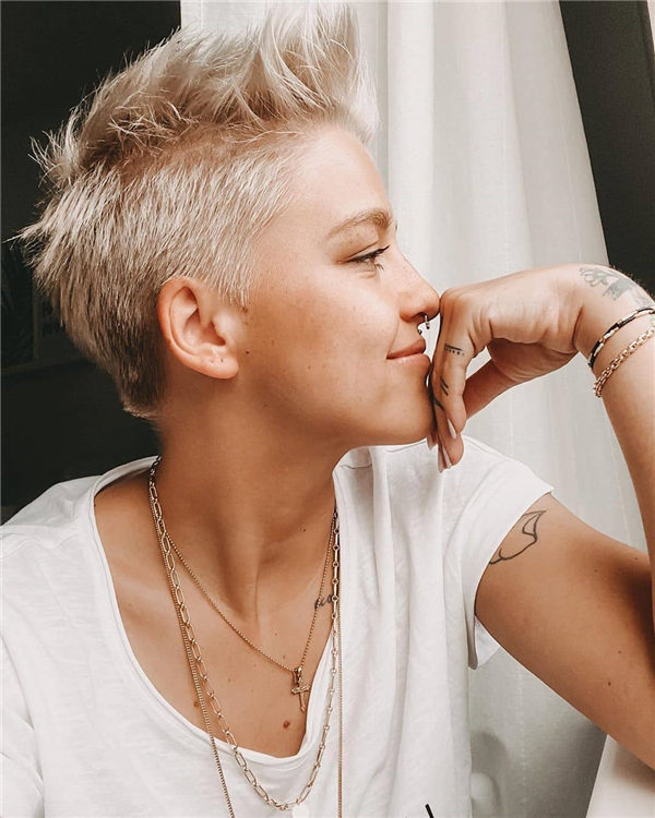 Most Eye Catching Short Pixie Haircuts to Upgrade Your Style 41