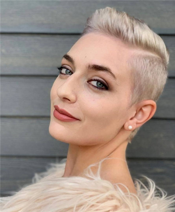 Most Eye Catching Short Pixie Haircuts to Upgrade Your Style 43