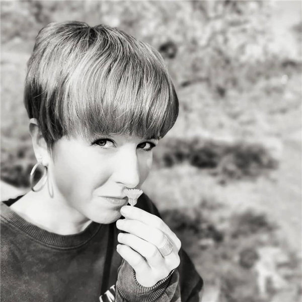 Most Eye Catching Short Pixie Haircuts to Upgrade Your Style 48
