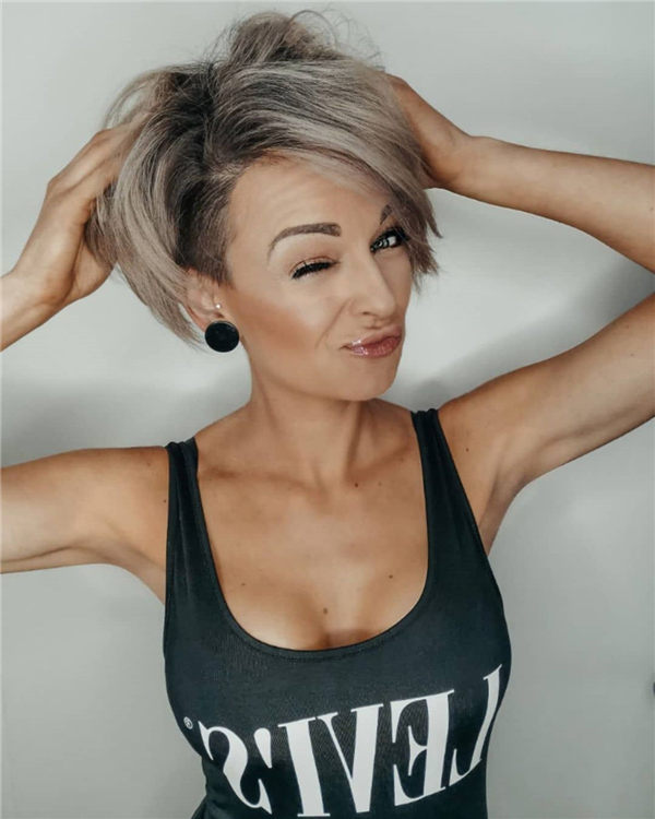 Most Eye Catching Short Pixie Haircuts to Upgrade Your Style 55