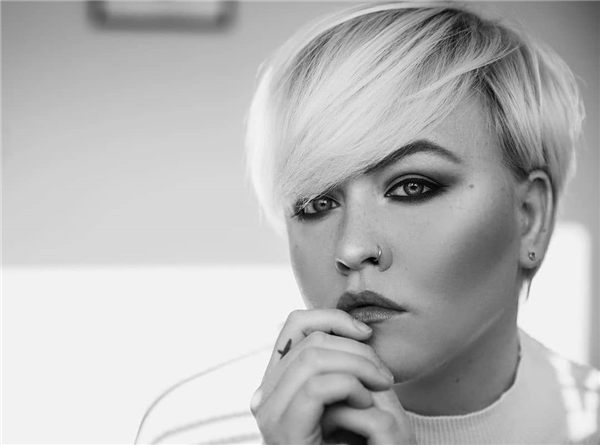 Most Eye Catching Short Pixie Haircuts to Upgrade Your Style 56