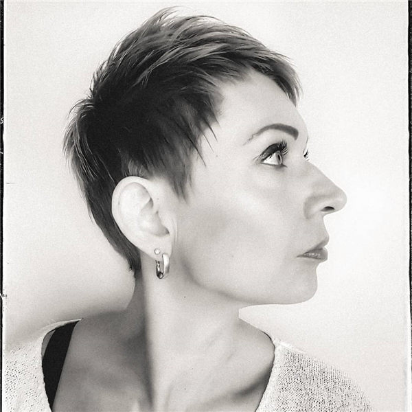 Most Eye Catching Short Pixie Haircuts to Upgrade Your Style 57