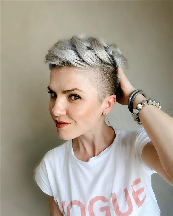 Most Eye Catching Short Pixie Haircuts to Upgrade Your Style 72