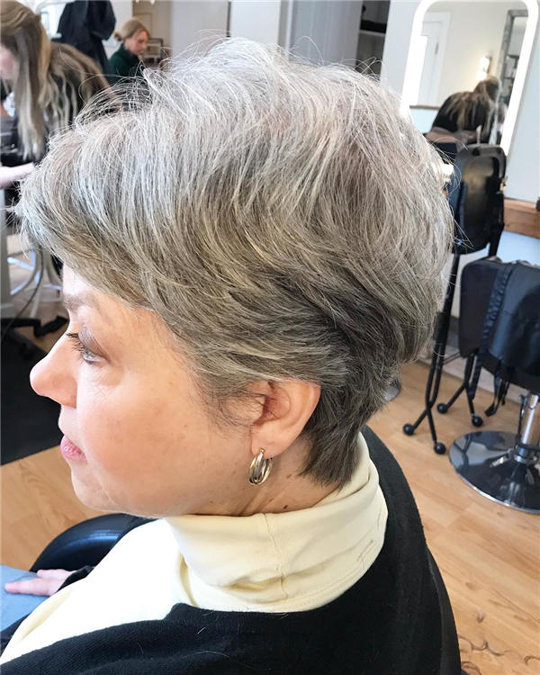 Best Short Gray Hair You'll Want to See 03