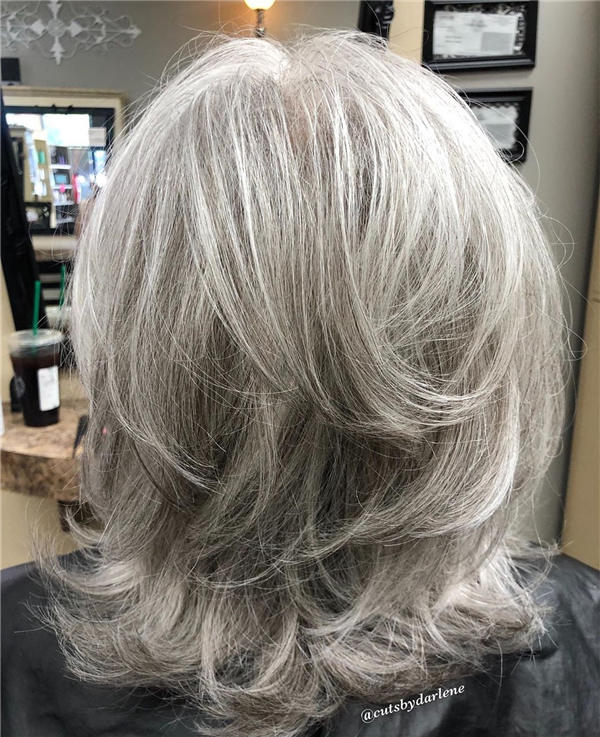 Best Short Gray Hair You'll Want to See 07