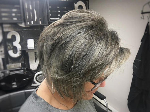 Best Short Gray Hair You'll Want to See 20