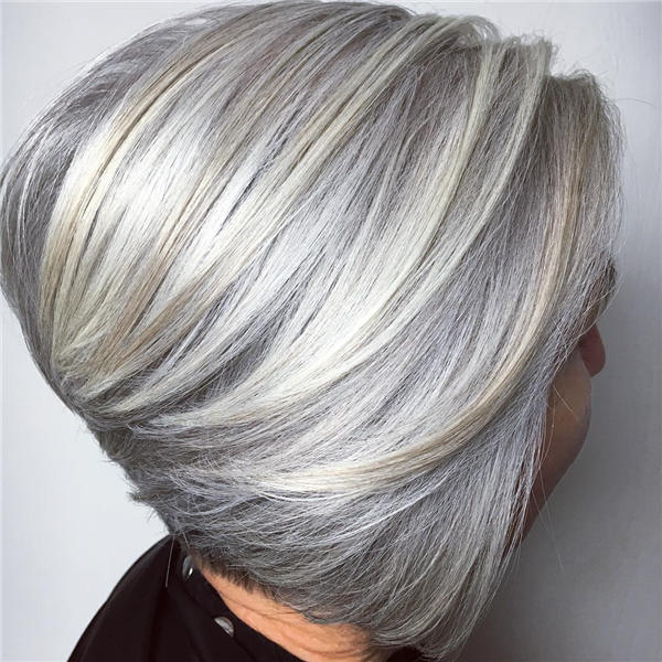 Best Short Gray Hair You'll Want to See 31