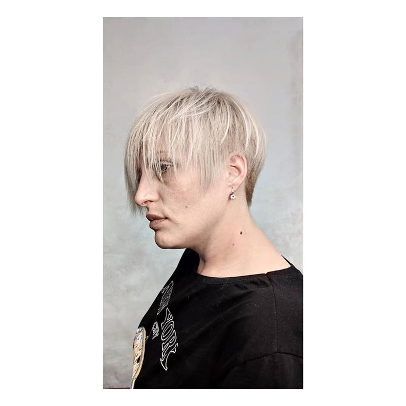 Classy and Simple Pixie Haircut for Older Ladies 36