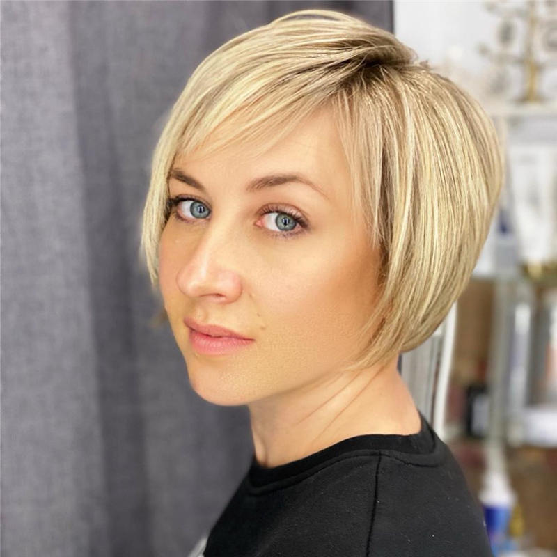 Classy and Simple Pixie Haircut for Older Ladies 44
