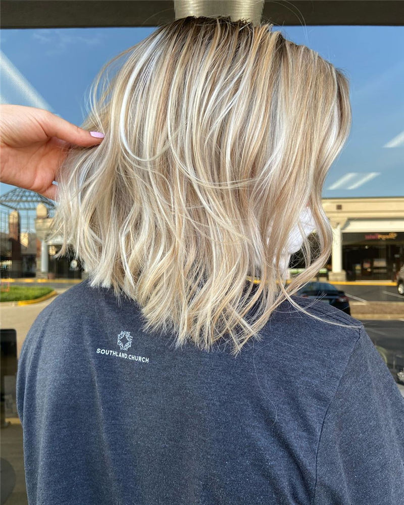 Best Short Blonde Hair Ideas to Look Gorgeous 12