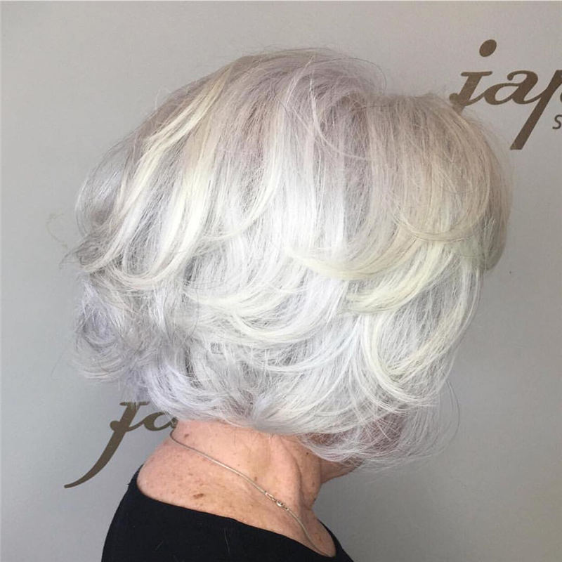 Cool Short Gray Hairstyles to Look Gorgeous 11