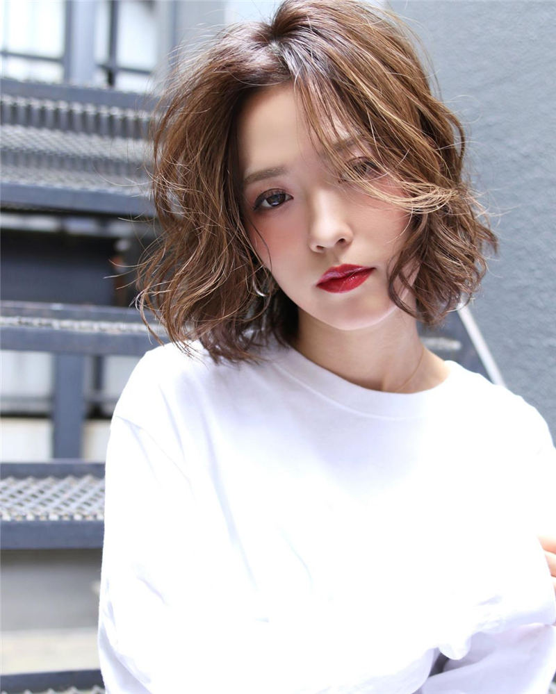 Stylish Short Hairstyles for Women You Cant Miss 33