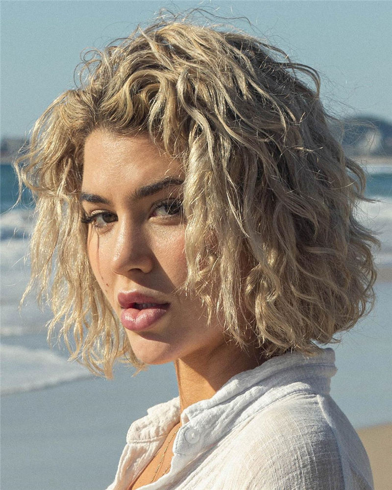 Stylish Short Hairstyles for Women You Cant Miss 35