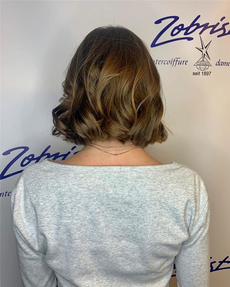 Stylish Short Hairstyles for Women You Cant Miss 47