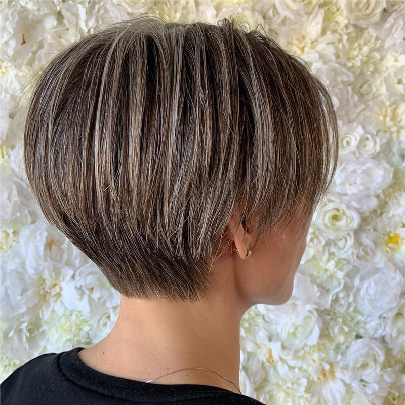Trendy Cute Short Hairstyles for 2020 30