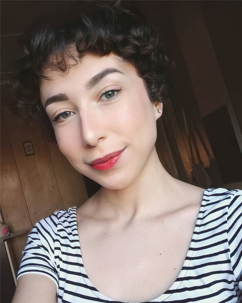 Amazing Curly Pixie Cut Ideas to Transform Your Style 07