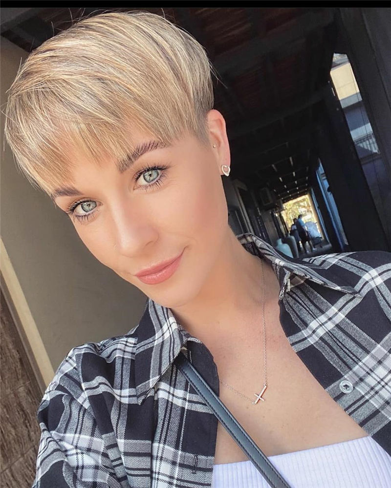 Amazing Curly Pixie Cut Ideas to Transform Your Style 15